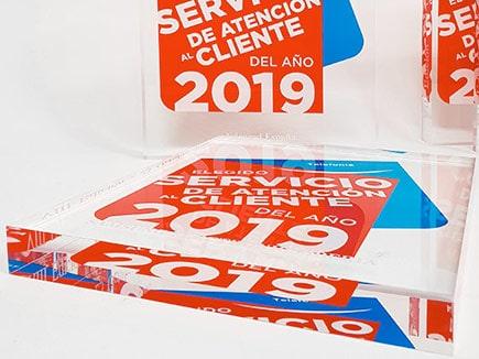 Bloque metacrilato incoloro impreso en espejo para Servicio Cliente 2019, impresión digital espejada