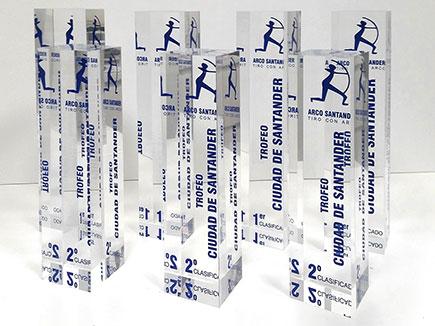 Trofeo metacrilato incoloro con impresión digital